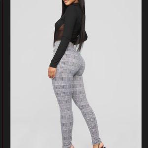 Fashion nova high waisted pants. Size XS. NWT
